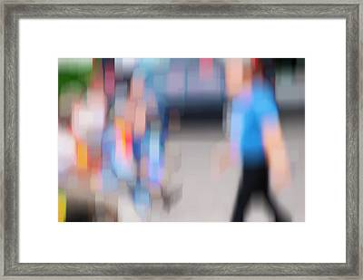 Alive In The City 9 - Lunch Time Framed Print by Robin Webster