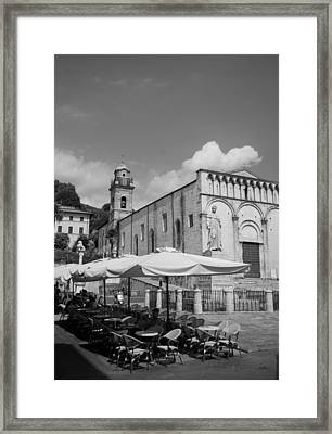 All Waiting Framed Print by Lee Stickels