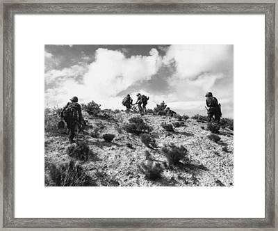 American Troops In Korea Framed Print by Everett