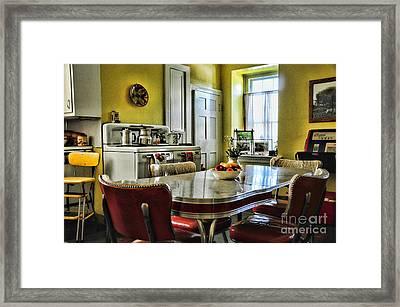 Americana - 1950 Kitchen - 1950s - Retro Kitchen Framed Print