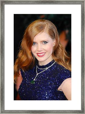 Amy Adams Wearing A Cartier Necklace Framed Print