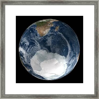 Antarctic Ice Sheet Maximum, 2005 Framed Print by Nsidcnasa