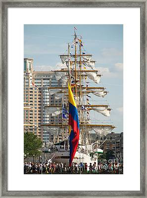 Arc Gloria 3 Framed Print