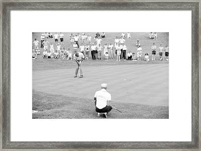 Arnie Putts The 13th At 1964 Us Open At Congressional Country Club Framed Print by Jan W Faul
