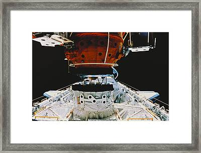 Atlantis Docks With Mir Framed Print