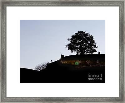 Bagend Dusk Framed Print by Linde Townsend