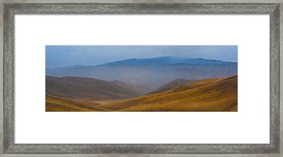 Framed Print featuring the photograph Bakersfield Horizon by Hugh Smith