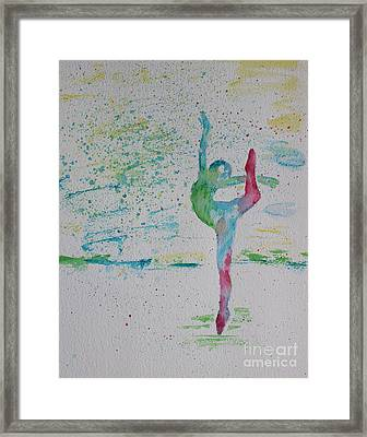 Ballet Pointe 2 Framed Print by Carolyn Weir