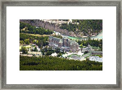 Banff Hotel 1575 Framed Print by Larry Roberson
