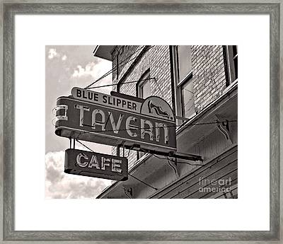 Framed Print featuring the photograph Barhopping At The Blue Slipper by Lee Craig