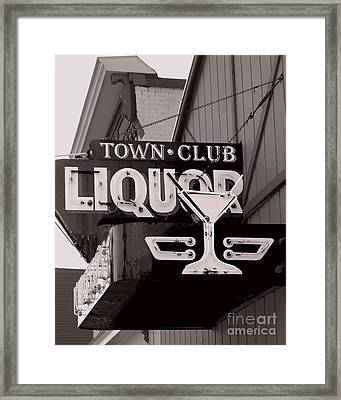 Framed Print featuring the photograph Barhopping At The Town Club 1 by Lee Craig