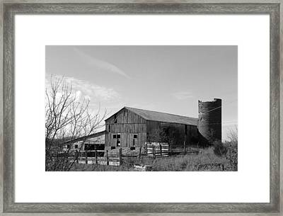 Barn In Black And White Framed Print by Brittany Roth