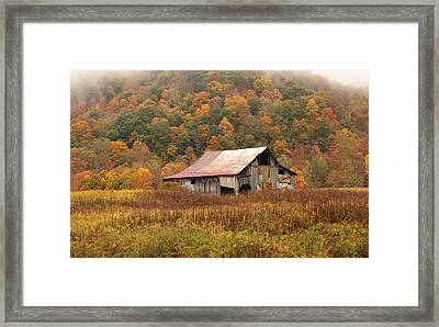 Barn On Locust Road Framed Print