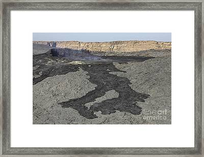 Basaltic Lava Flow From Pit Crater Framed Print by Richard Roscoe