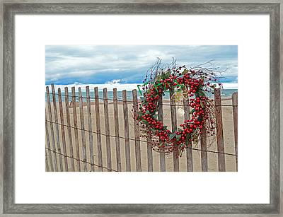 Beach Berry Wreath Framed Print by Maria Dryfhout