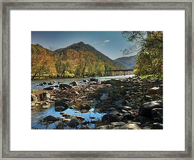 Beautiful Mountaina Framed Print