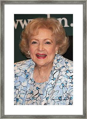 Betty White At In-store Appearance Framed Print by Everett