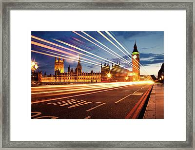 Big Ben And The Houses Of Parliament. Framed Print by Stuart Stevenson photography
