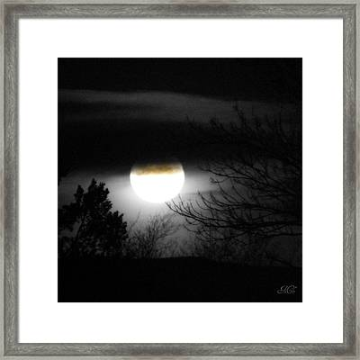 Black And White Full Moon Framed Print by Michelle Frizzell-Thompson