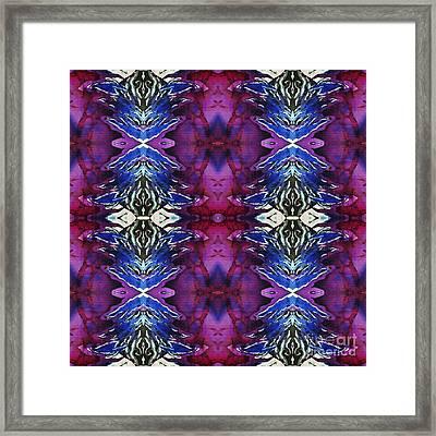 Blizz  Framed Print by Sue Duda
