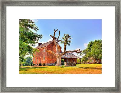 Bowen Plantation House 003 Framed Print by Barry Jones