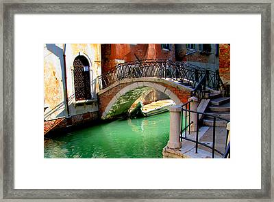 Bridge In Venice Framed Print by Barbara Walsh