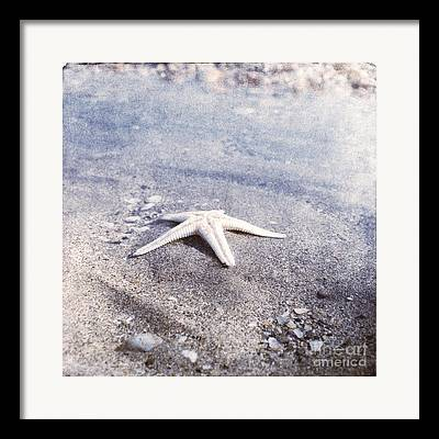 Bright Star Fish Beach Shore Sand Pebble Framed Prints