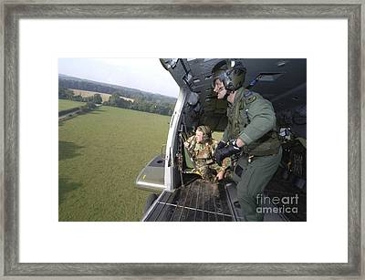 British Army Soldiers Look Framed Print by Andrew Chittock