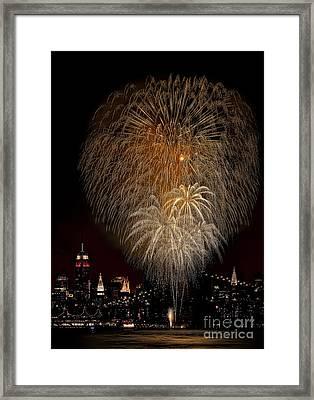 Brooklyn Bridge Celebrates Framed Print by Susan Candelario