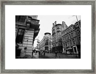 Buchanan Street Shopping Area On A Cold Wet Day In Glasgow Scotland Uk Framed Print