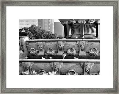Buckingham Fountain - 5 Framed Print by Ely Arsha