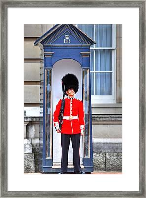 Buckingham Palace Framed Print by Barry R Jones Jr