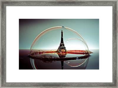 Bulle Framed Print by Ivan Vukelic