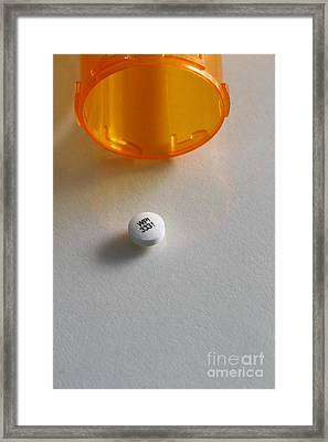 Bupropion Hydrochloride Framed Print by Photo Researchers, Inc.