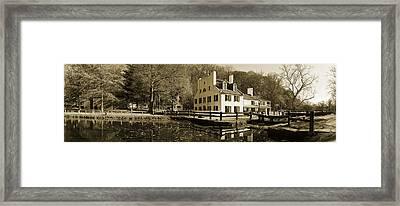 C-o Canal Lock 20 Framed Print by Jan W Faul