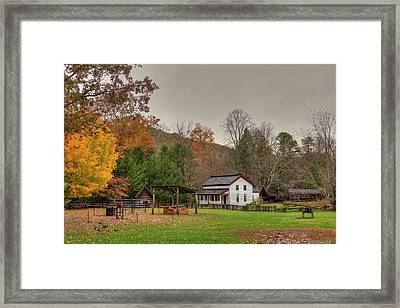 Cable Mill House Framed Print by Charles Warren