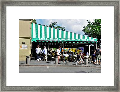 Framed Print featuring the photograph Cafe Du Monde by Helen Haw