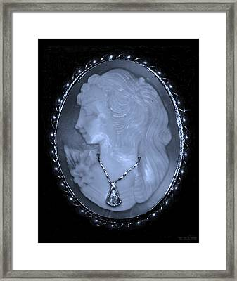 Cameo In Cyan Framed Print by Rob Hans