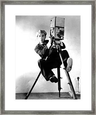 Cameraman, Buster Keaton, 1928 Framed Print by Everett