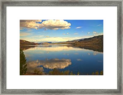 Canadian Lake 1437 Framed Print by Larry Roberson