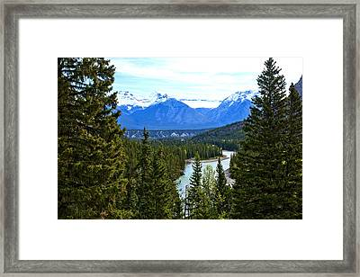 Canadian Lake 1691 Framed Print by Larry Roberson