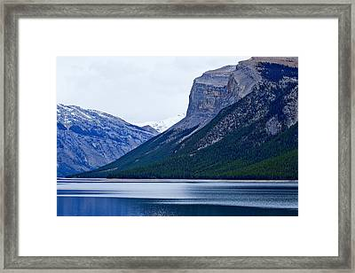 Canadian Lake 1726 Framed Print by Larry Roberson
