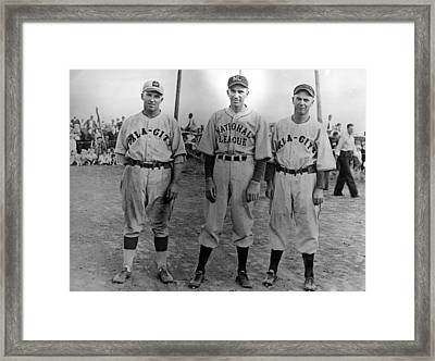 Carl Hubbell Ctr Of Nys Giants Fame Framed Print