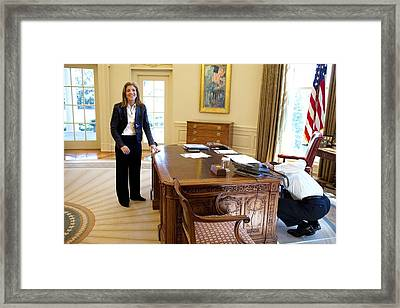 Caroline Kennedy Schlossberg Visits Framed Print by Everett