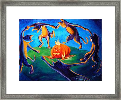 Cat Danse Framed Print by Janet Oh