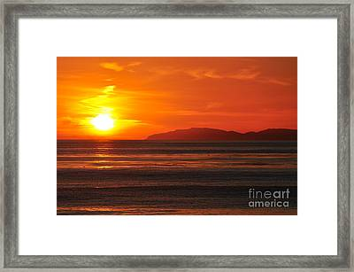 Framed Print featuring the photograph Catalina Sunset by Johanne Peale