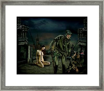 Cautivo Framed Print