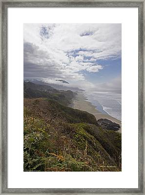 Framed Print featuring the photograph Central Oregon Coast Vista by Mick Anderson