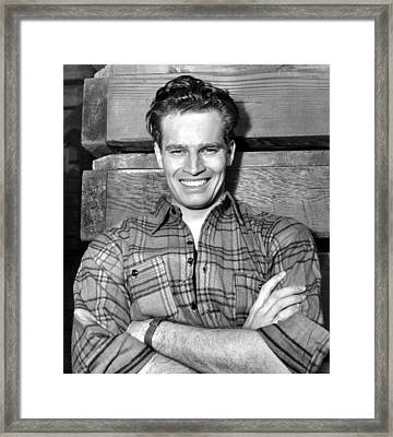 Charlton Heston, Paramount Pictures Framed Print by Everett