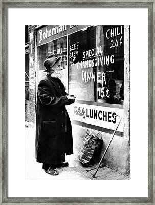 Chicago Homeless Man On Thanksgiving Framed Print by Everett